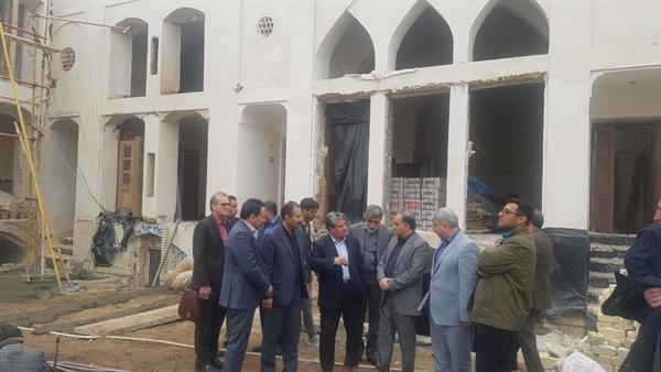 معاون توسعه مدیریت از چند خانه تاریخی کاشان بازدید کرد