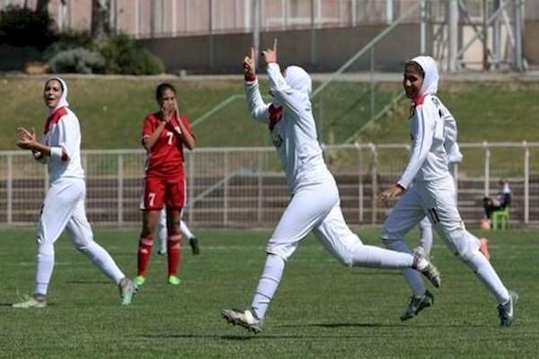 تیم فوتبال بانوان ایران مقابل نپال