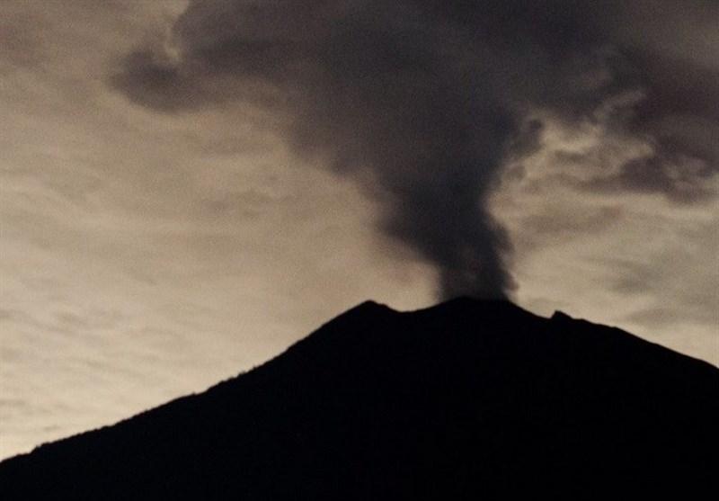فعالیت آتشفشانی در بالی هشدارها را به بالاترین حد رساند