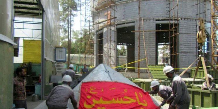 کار کردن 15 هزار خشت طلا روی گنبد جدید امام حسین (ع)