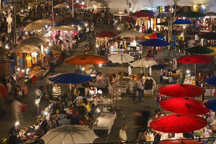 بازار شبانه چیانگ مای تایلند، تجربه خریدی ارزان