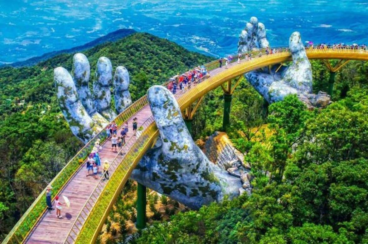 پل طلایی در ویتنام (Golden Bridge)