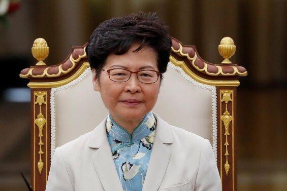 رهبر هنگ کنگ: قانون آمریکا به اعتماد تجاری ما لطمه می زند