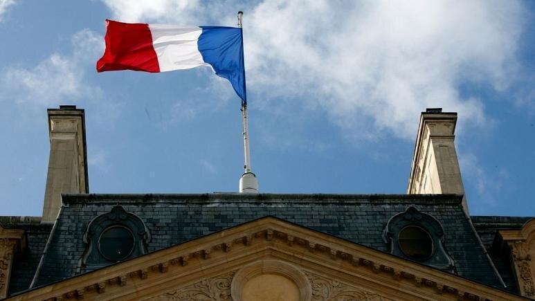 فرانسه ایران را به بازگشت تحریم ها تهدید کرد