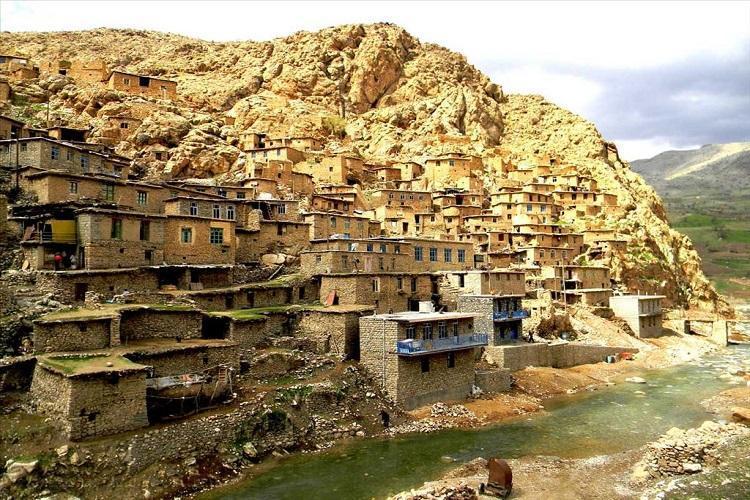 آنالیز معماری روستای پلنگان کردستان در همایش بین المللی شرق دور