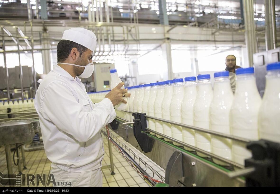 خبرنگاران حمایت از صنعت شیر در برابر بحران کرونا