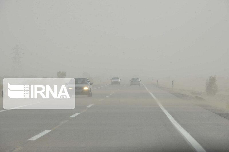 خبرنگاران مه و کاهش دید در محور بجنورد - اسفراین