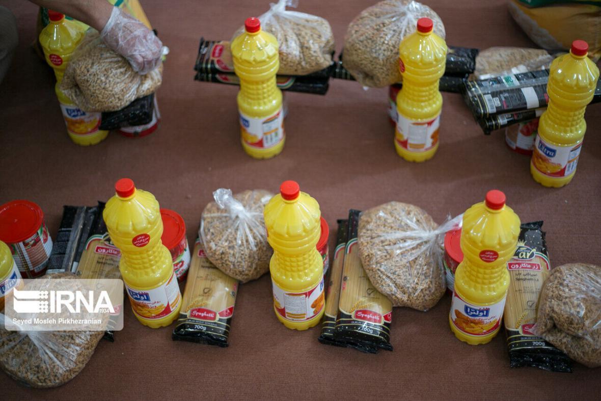 خبرنگاران توزیع 700 بسته معیشتی بین مددجویان بهزیستی دزفول