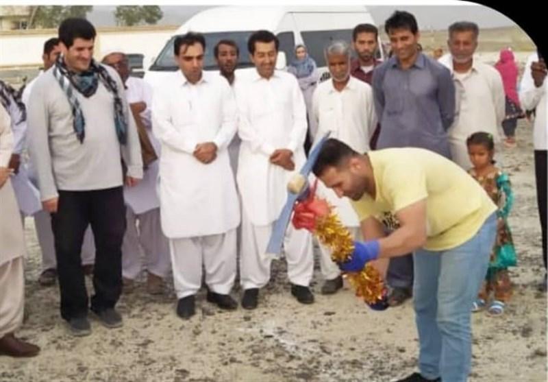 کلنگ زنی احداث مدرسه توسط قهرمانان ورزشی در روستای محروم مولاآباد کشاری