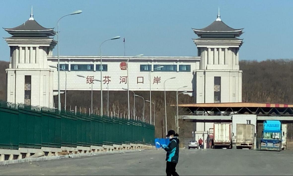 700 هزار نفر در مرز چین قرنطینه شدند