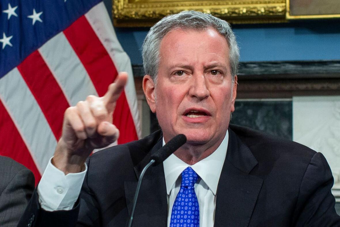 خبرنگاران شهردار نیویورک، ترامپ را تهدید به شکایت کرد