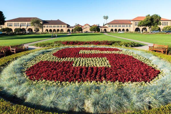 لیست برنامه های تحصیلات تکمیلی در دانشگاه استنفورد