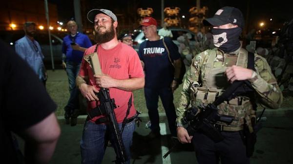 هشدار اف بی آی: احتمال اعتراض مسلحانه طرفداران ترامپ در 50 ایالت آمریکا