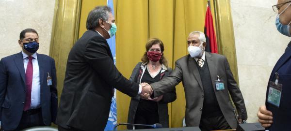 خبرنگاران توافق طرف های درگیر در لیبی برای انتخاب اعضای کابینه موقت