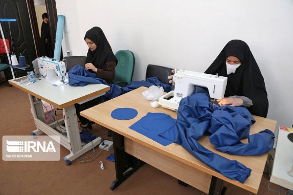 خبرنگاران اهدا 777 دست لباس گان به بیمارستان های یزد و یک خبر کوتاه
