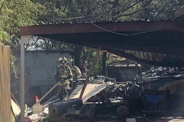 تور روسیه ارزان: سقوط هواپیمای نظامی در تگزاس آمریکا، منازل مسکونی خسارت دیدند